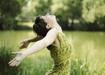 男性アロマセラピストによる癒しのコースはリンパマッサージやアロママッサージなどいろいろ。